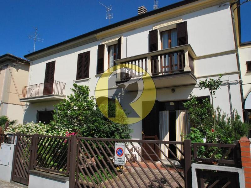 fotografie - Villa a schiera Faenza (RA) Stazione
